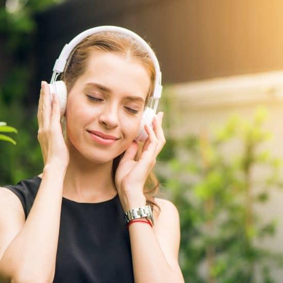 Listening to music headphones