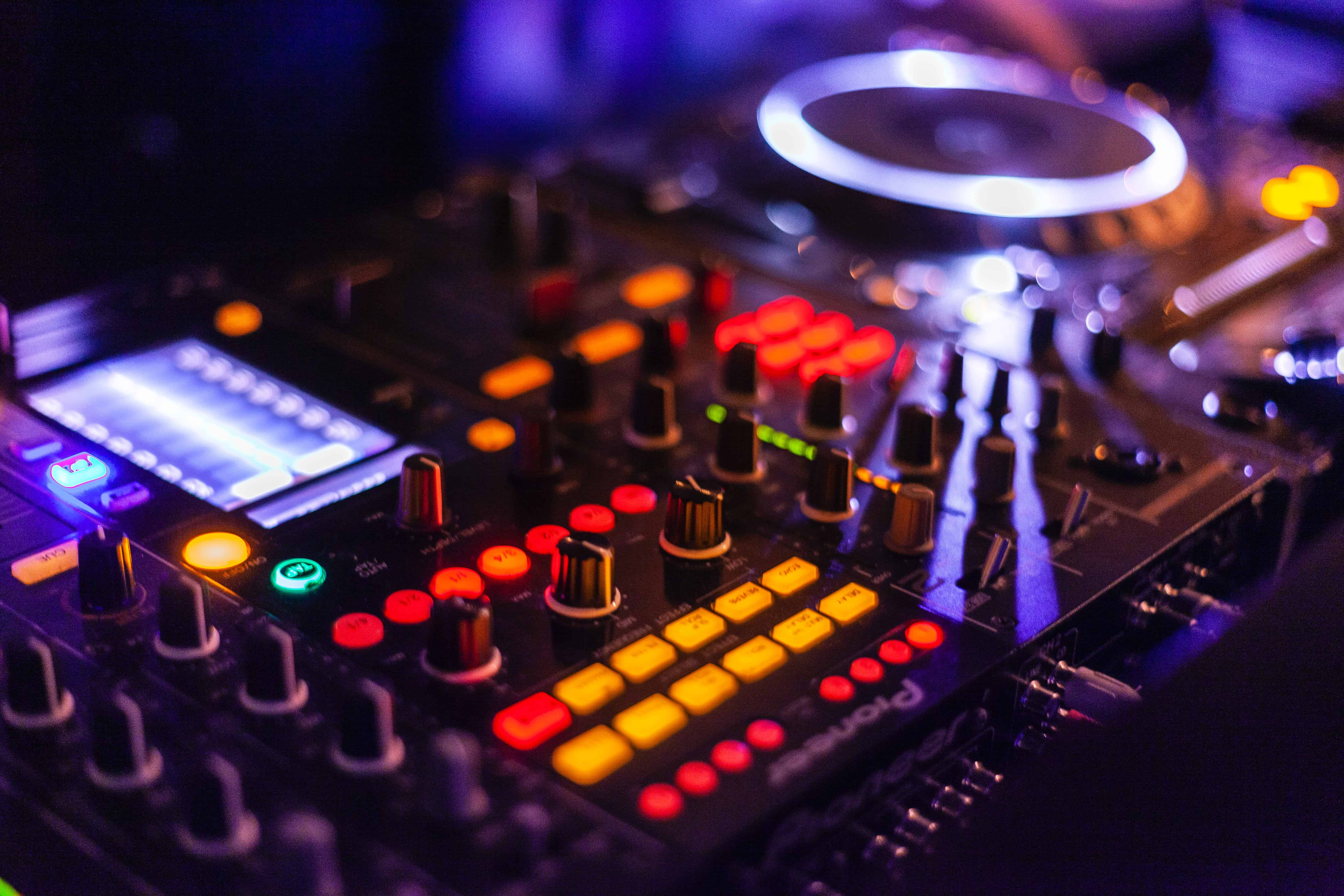 DJ NFT