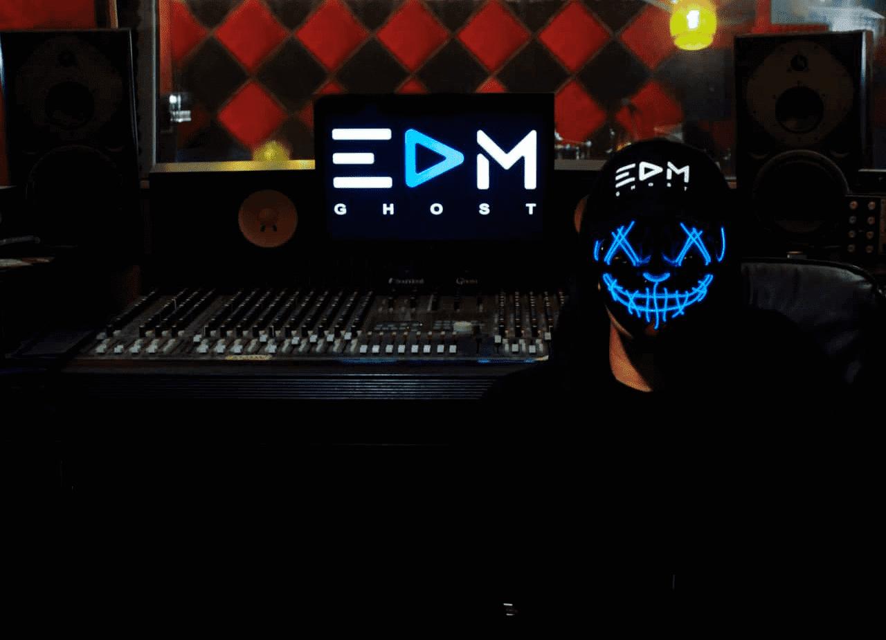 EDM Ghost (Press)